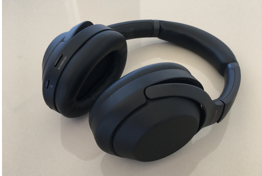 Headphones and Sony Dataset free neural network