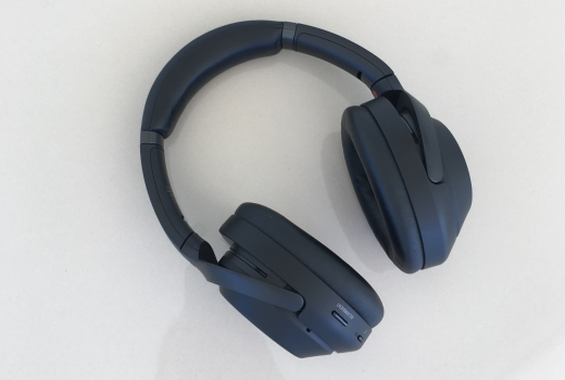 Headphones and Sony Dataset download